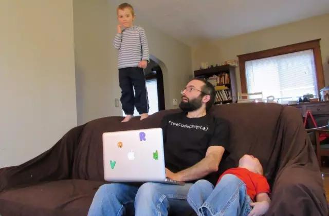 程序员奶爸的心路历程:如何在一年内获得五项开发者认证和第二学位