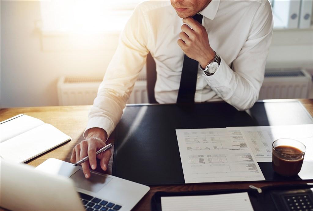 如何提高数据分析师的业务知识?